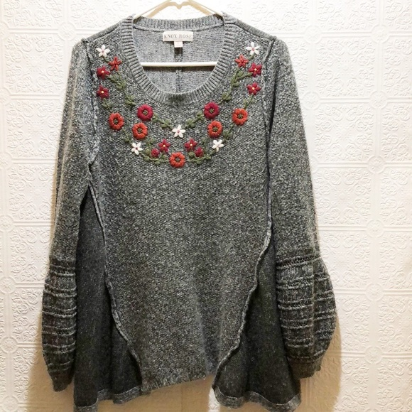 Knox Rose Floral Balloon Sleeve Sweater